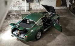 Classic Aston Martin breaks auction record SOLD for £9.45 million !!!!
