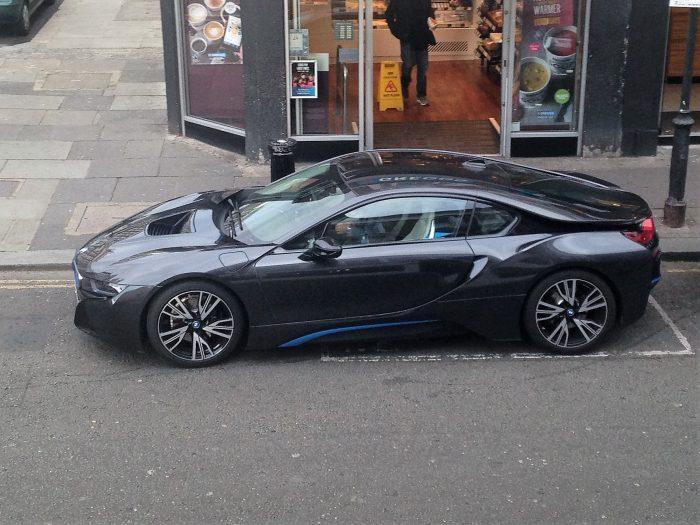 2017 BMW i-8