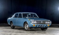 Unbelievable barn find Toyota Crown 2600 De Luxe revealed – 1972