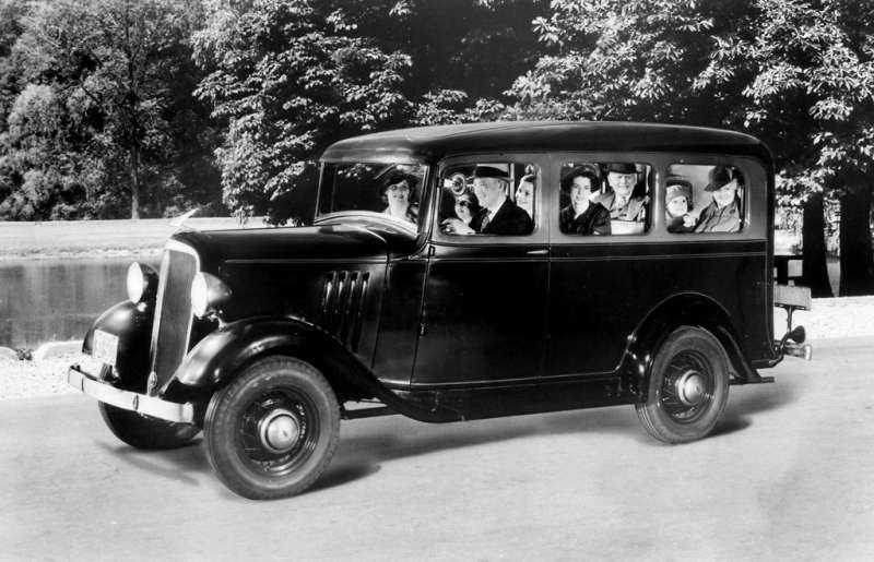 1935 Chevrolet Suburban Carryall.