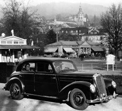 Mercedes-Benz 220 W 187 (1951 – 1954) – Mercedes-Benz
