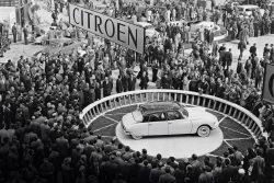 Citroen DS 1955 Paris Motor Show – first appearance