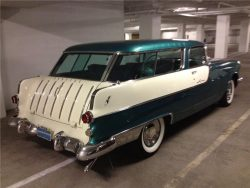 1955 PONTIAC STAR CHIEF STATION WAGON | Barrett-Jackson.com