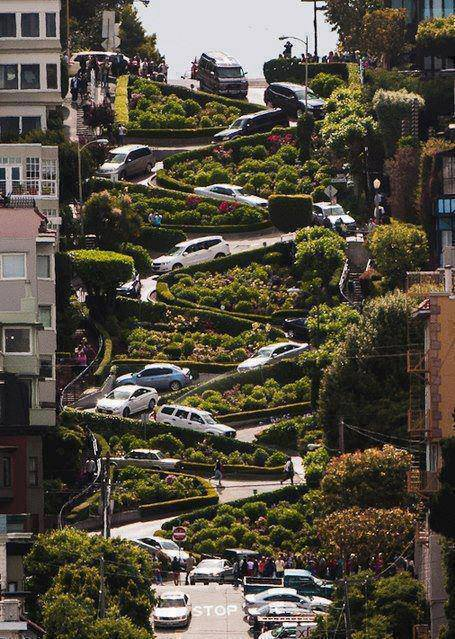 Lombard Street – San Francisco | Famous 8 switchback turns on Russian Hill between Hyde and Leav ...
