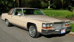 1980 Fleetwood Brougham V8 Coupe