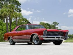 American Muscle Cars… 1965 Buick Riviera GS