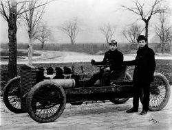1904 Ford 999 racer.  Land speed record 84mph (136kph). Internal combustion