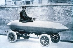1898 Jentaud Duc. First ever land speed record 39mph(63kmph) !! Electric powered!