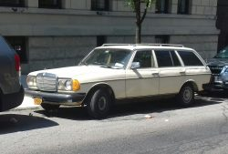 1983 Mercedes 300D Wagon