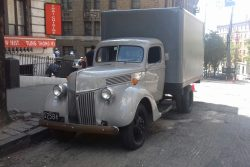 1940 Ford removals truck