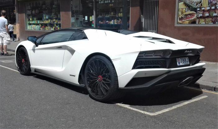 2019 Lamborghini Aventador