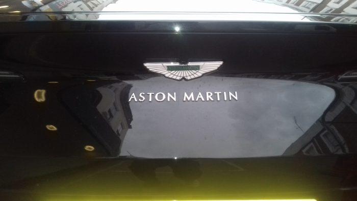 2019 Aston Martin Vantage (detail)