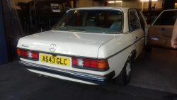 1984 Mercedes W123 Series 200
